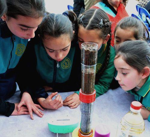 Educación científica innovadora con los minilaboratorios Labdisc