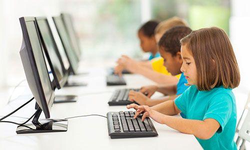 Clase-ordenadores-primaria-shutterstock