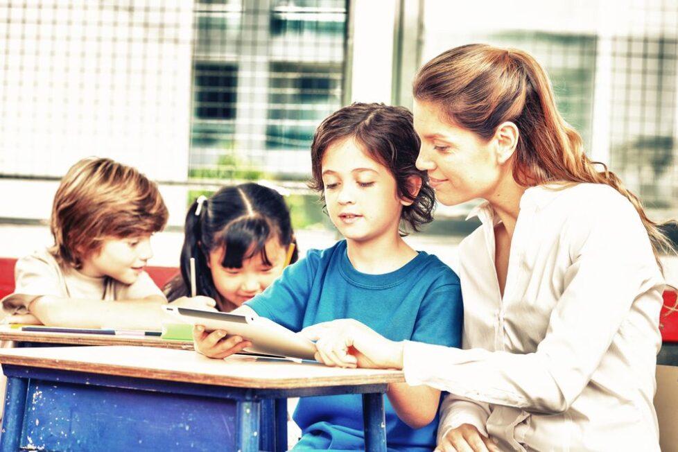 AMETIC crea la comisión Internet 3D para la educación y la innovación 2
