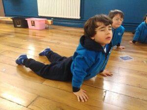 10 recursos para introducir el yoga y mindfulness en el aula 5