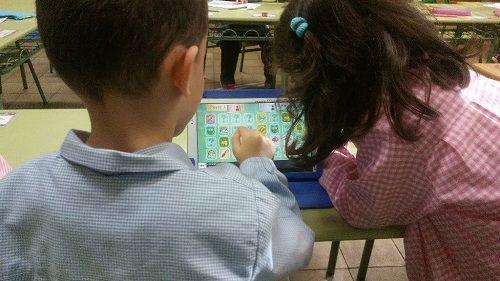 El CEIP Villalpando de Segovia incorpora el uso de tabletas en el aula 2