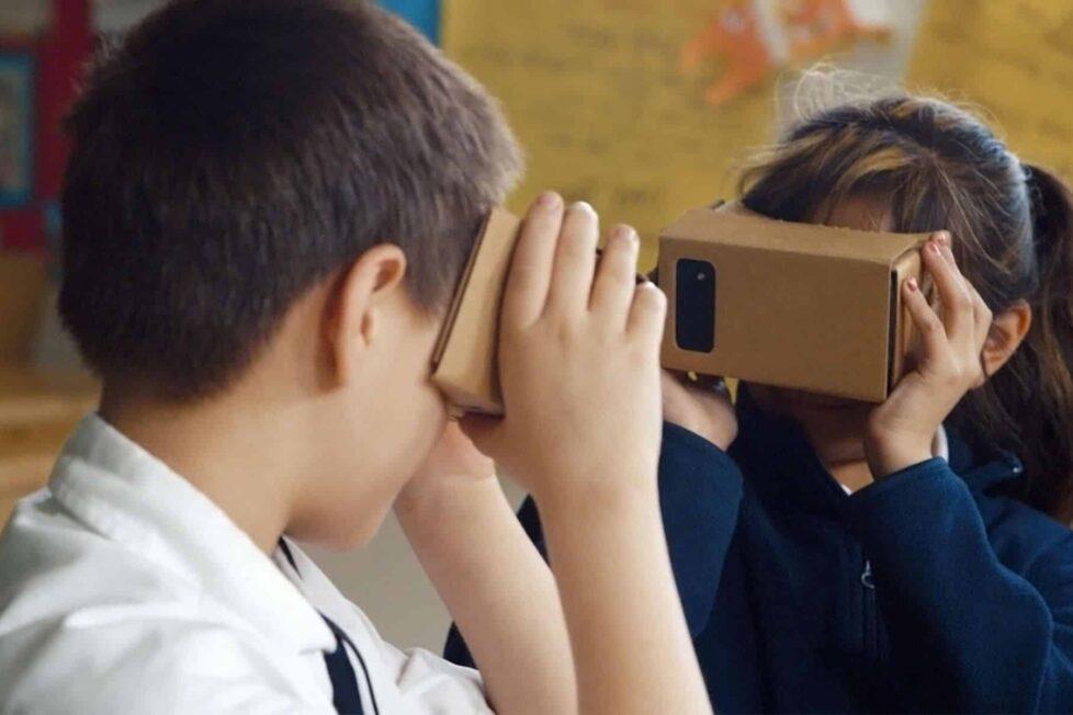 Iniciarse en la realidad virtual en educación con unas gafas de cartón 2