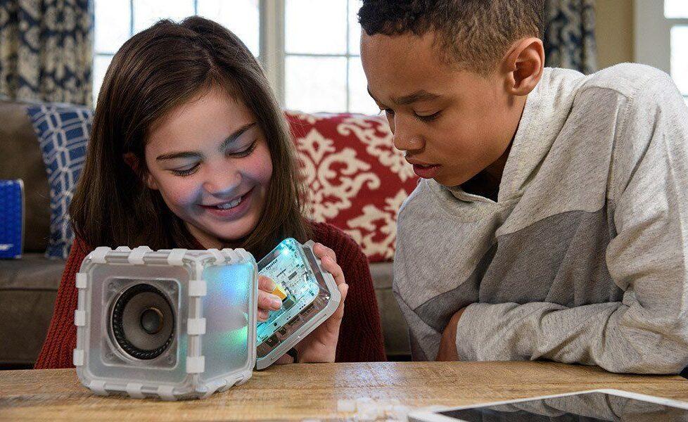 Bose Speaker Cube, un altavoz que los niños pueden montar desde cero 1