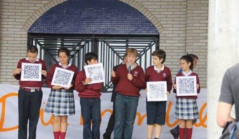 El Colegio Santo Domingo de Navia digitaliza la Vega de Arenas con códigos QR 2