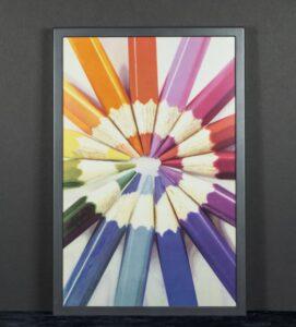 Tinta electrónica a color