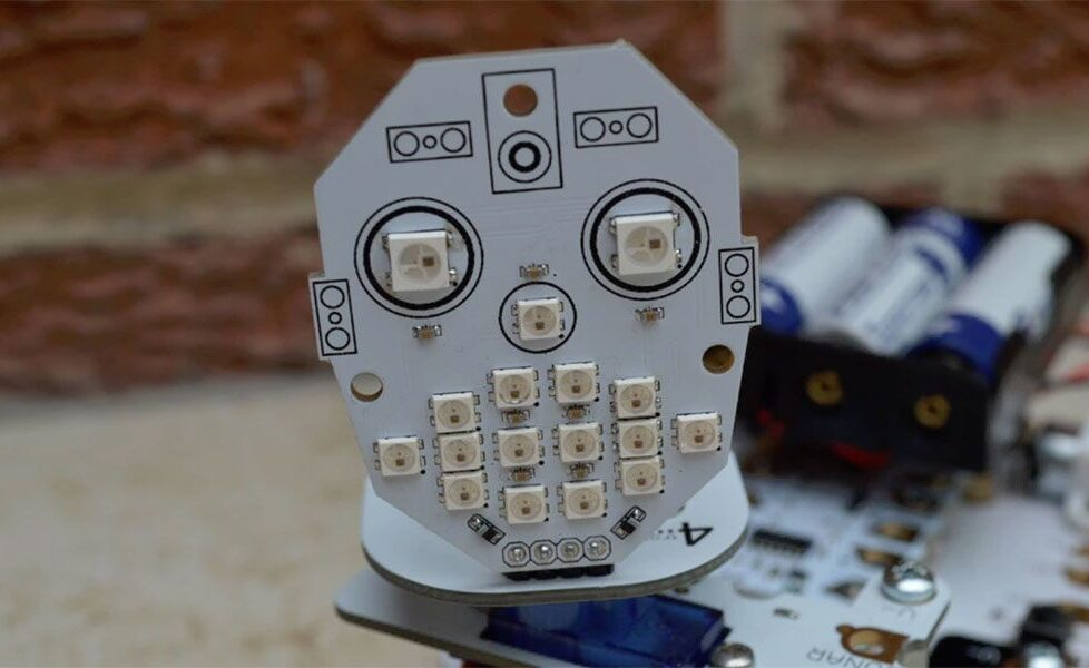 McRoboFace, programando la cara de un robot 1