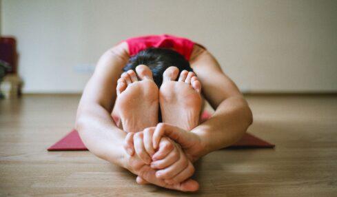 6 estudios cíentificos sobre el uso de yoga en educación 2