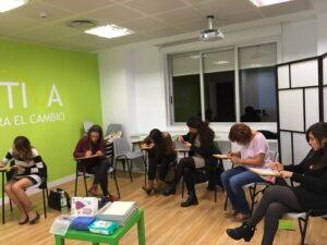 Cursos cortos sobre comunicación y PNL de Emotiva