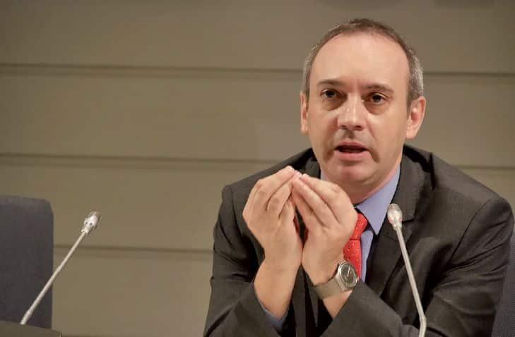 """Entrevista a Javier Bahón: """"Aprobar exámenes no asegura el éxito en la vida"""" 1"""