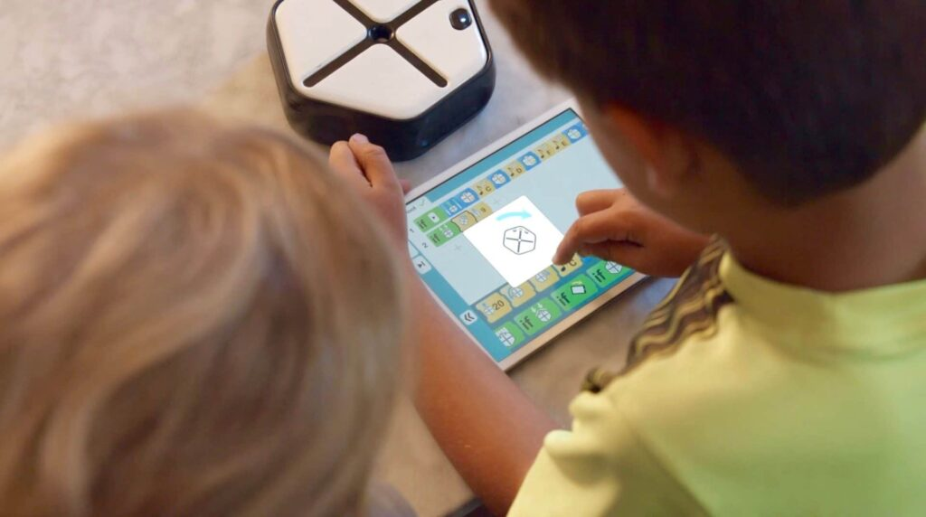 Root: Robot educativo en Kickstarter