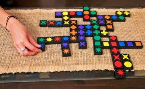 juegos de mesa educativos Qwirkle
