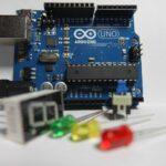 6 webs con recursos y tutoriales para aprender Arduino en clase 7