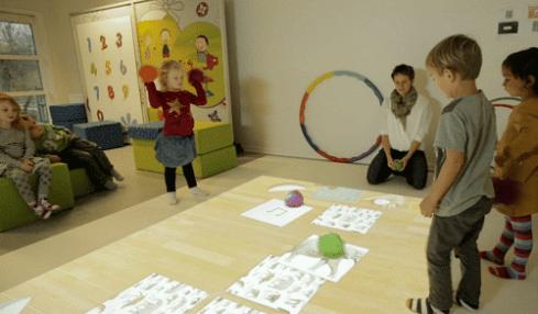 Fomentar la psicomotricidad y el trabajo en equipo con el suelo interactivo