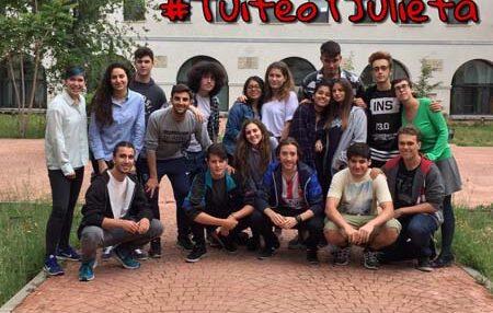 """""""Romeo y Julieta"""" en Twitter gracias al proyecto #TuiteoYJulieta 1"""