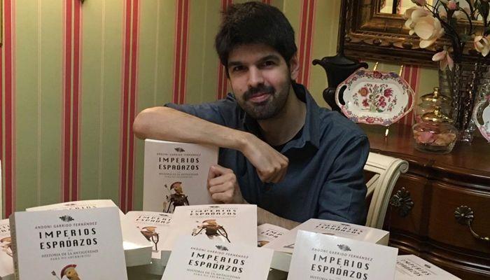 """Andoni Garrido: """"A través de YouTube transmito a los chavales que la Historia puede ser apasionante"""" 1"""
