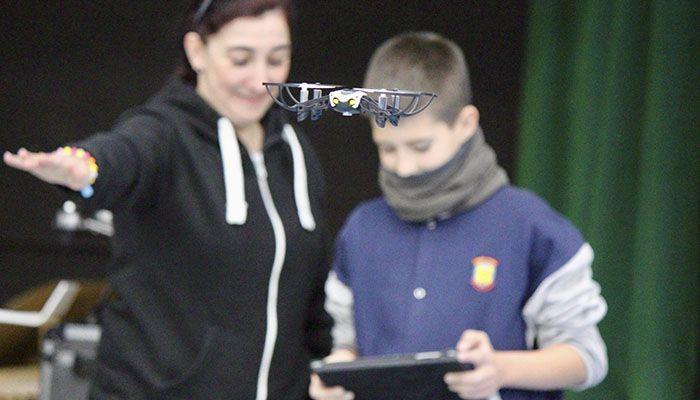 Los drones sobrevuelan las aulas 4
