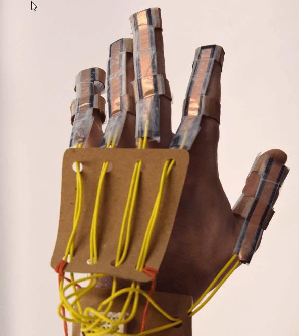 Cómo construir una mano robótica para aprender anatomía 4