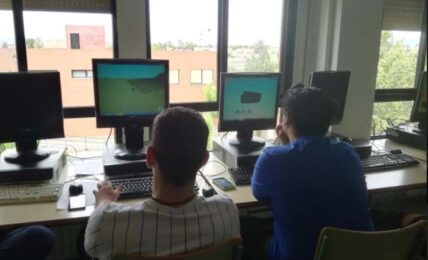 El aprendizaje colaborativo llega a las aulas del IES Ingeniero de la Cierva (Murcia) 1