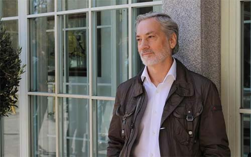 Luis Castellanos, Educar en lenguaje positivo