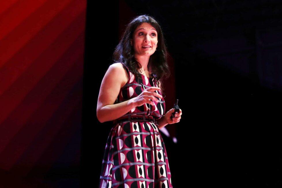 """Melina Furman: """"Estamos enseñando a los niños y niñas a no pensar"""" 1"""