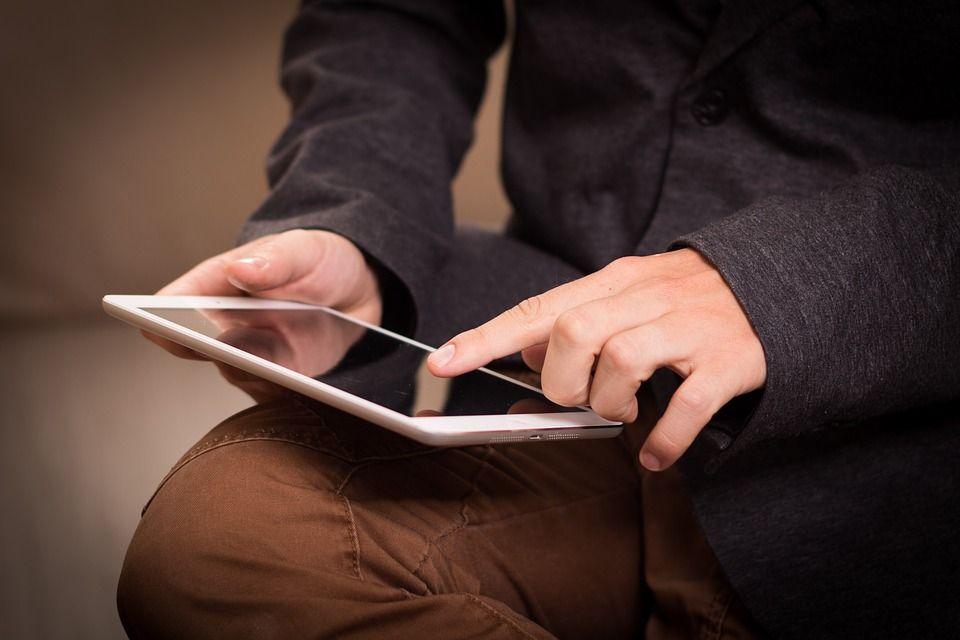 10 accesorios para tabletas indispensables en el aula 1