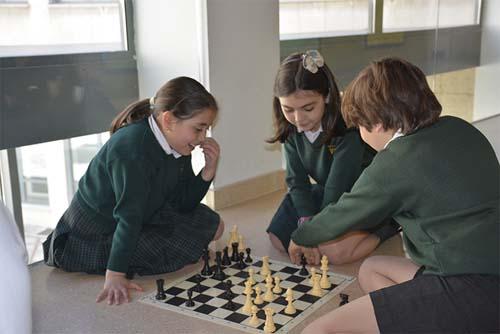 El ajedrez como experiencia para trabajar en equipo e inculcar valores