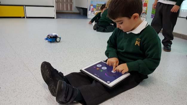 'Makedo', un proyecto de robótica y programación para las aulas de Infantil 1