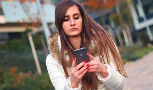 La mitad de los jóvenes ya acceden a Internet sólo a través del móvil 1