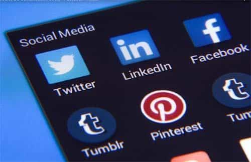 La mitad los jóvenes ya acceden a Internet sólo a través del móvil