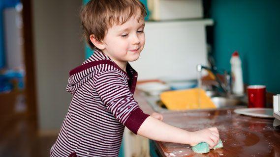 Independencia ayudar en las tareas del hogar