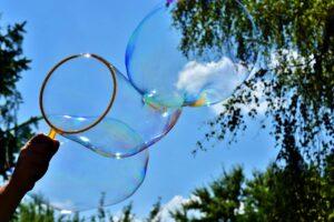 5 experimentos con agua para explicar ciencia a los niños 3