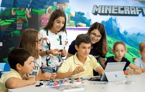 MicrosoftEDULab niños jugando