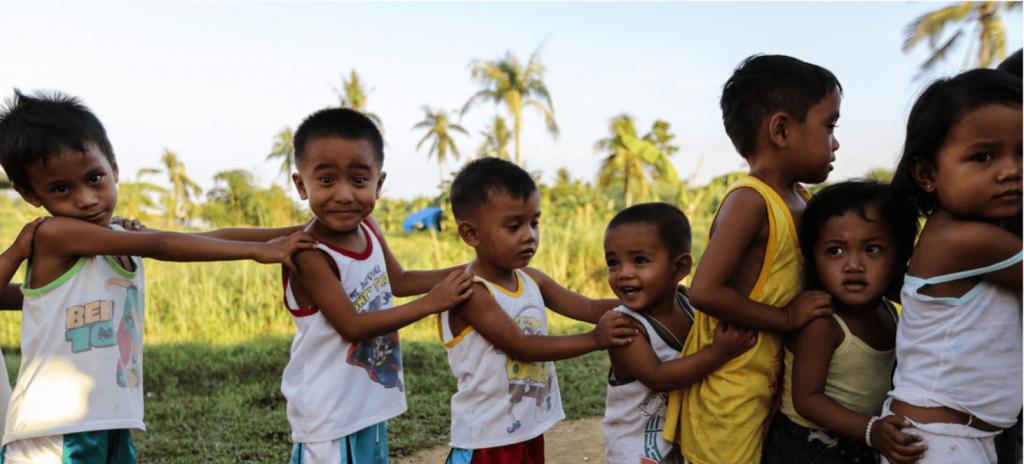 ACNUR niños refugiados