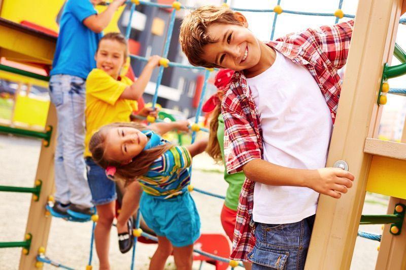 Jugar ayuda a los niños a desarrollarse