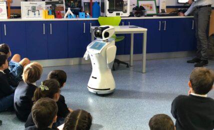 Sanbot, robots los profesores del futuro