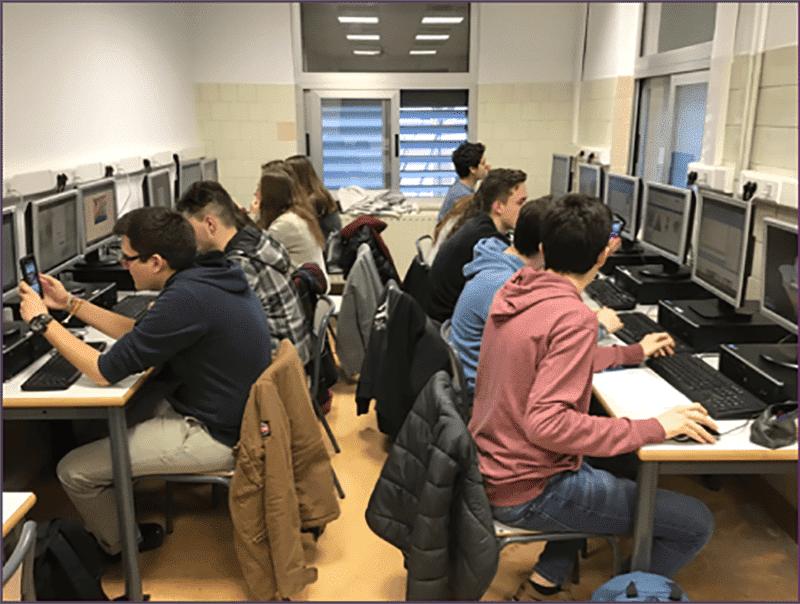 Calasanz Go! estudiantes en desarrolladores de realidad aumentada