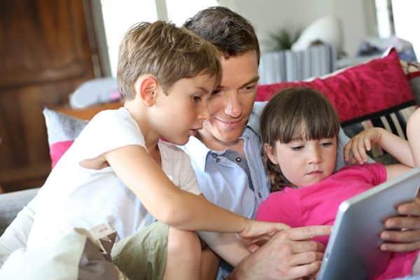 familia tiempo videojuegos