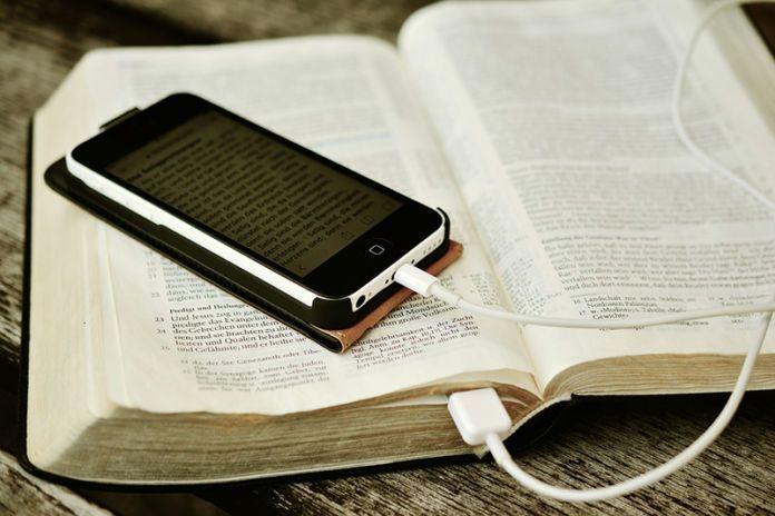 Recomendando cuentas literarias para fomentar la lectura