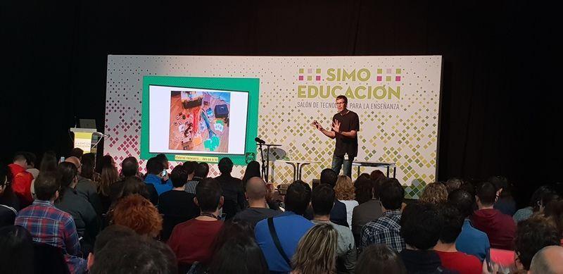 SIMO EDUCACIÓN