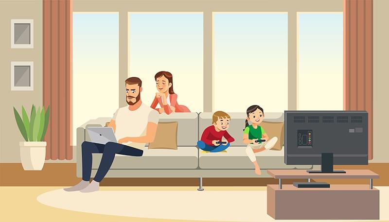 Padres e hijos distraídos por su actividad online