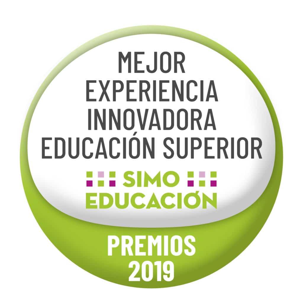 Sello de SIMO EDUCACIÓN 2019 - PREMIO MEJOR EXPERIENCIA INNOVADORA EDUCACIÓN SUPERIOR