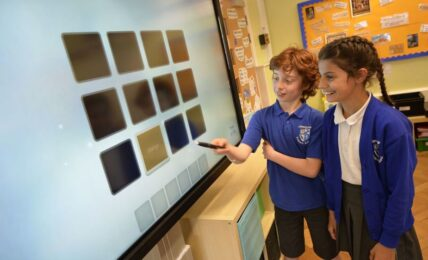 mejores monitores interactivos para el aula