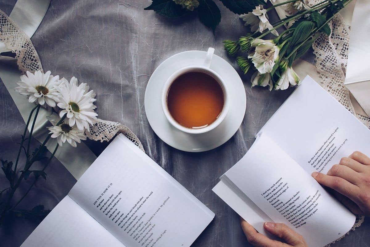 Libros de poetas jóvenes que no te puedes perder | EDUCACIÓN 3.0