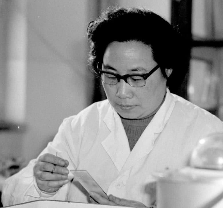 descubrimiento de la Artemisina mujeres Premios Nobel