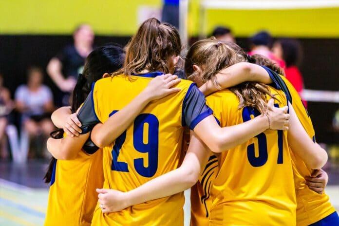 Educación Física - jugadoras de voleibol