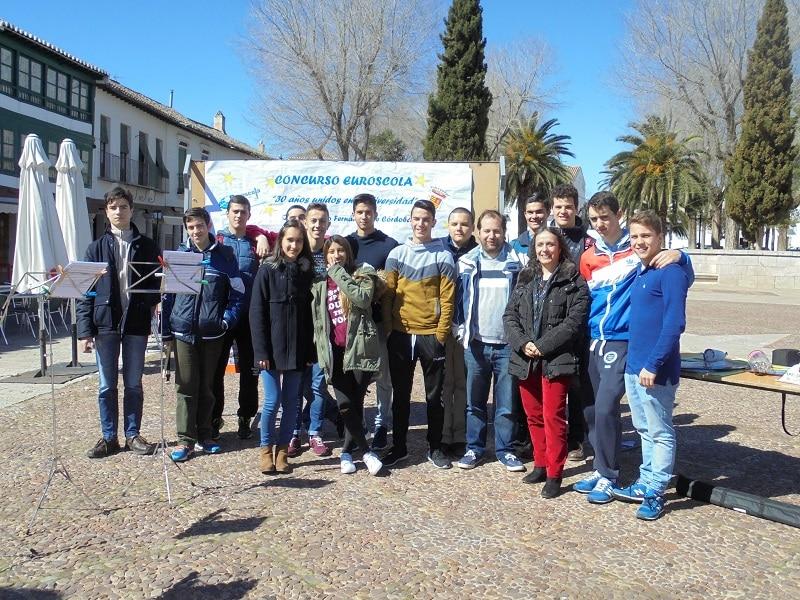 Alumnos de PMAR participando en el concurso Euroscola