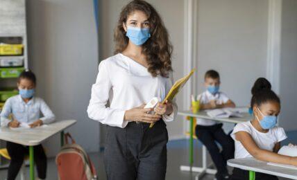 contratación docentes