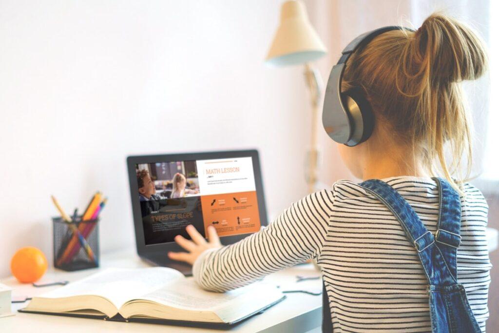 Newline Interactive: herramientas para la colaboración en el aula