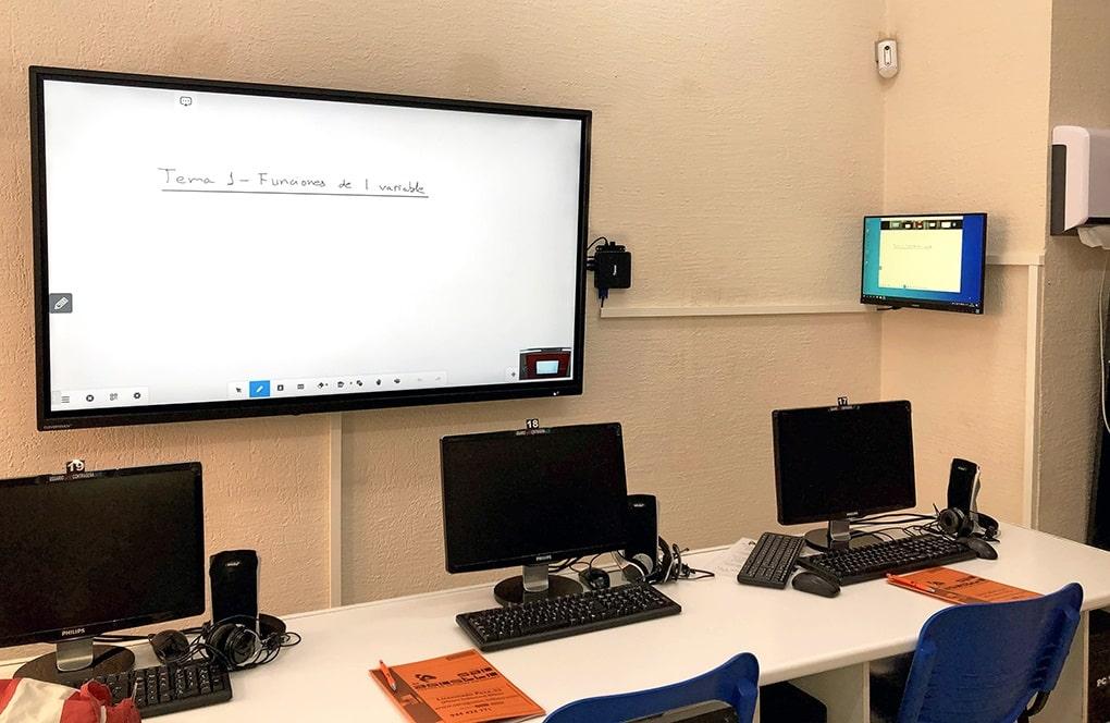 Clases semipresenciales- Centro de Estudios Superiores de San Agustín en Bilbao
