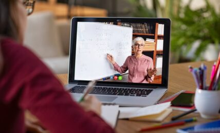 Profesora online tecnología